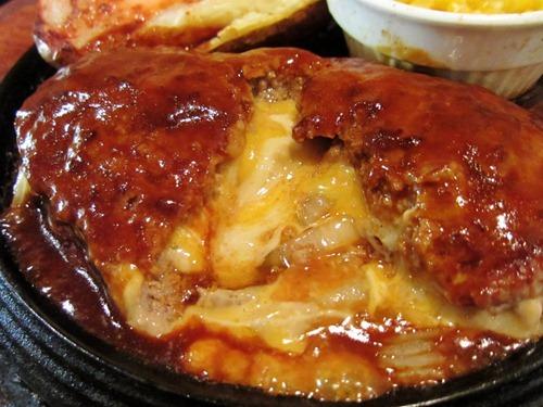 チーズ イン ハンバーグ 240g