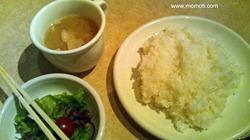 ご飯、サラダ、みそ汁(豚汁)