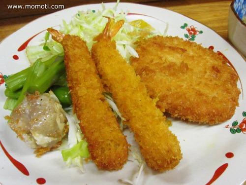 フライ定食(エビフライとハムカツ)