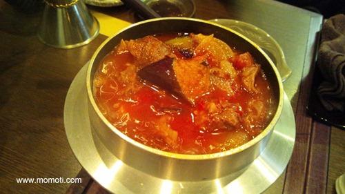 牛筋のトマト煮込み