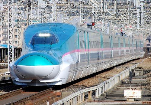 800px-JRE-TEC-E5_omiya (1)