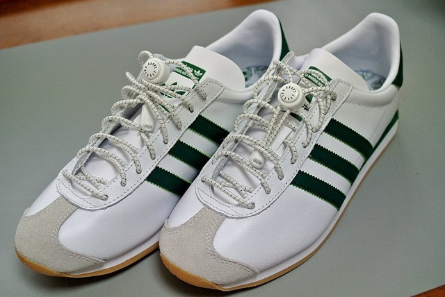adidas_カントリーOG_ホワイト/カレッジグリーン+JYXETOV_結ばない伸縮性靴ひも