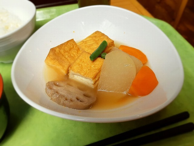 厚揚げと根菜の煮物