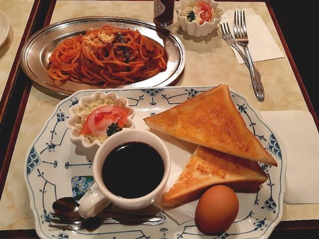 トースト&ゆで玉子とスパゲッティナポリタン