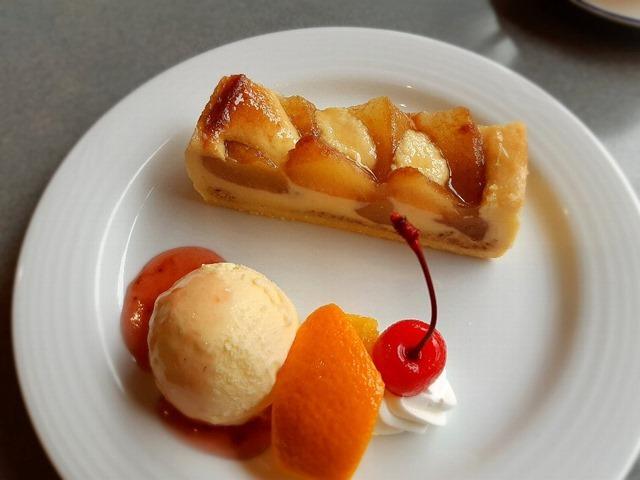 りんごのケーキセット
