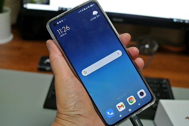 Xiaomi_Mi_11_Lite_5G_SIMフリー