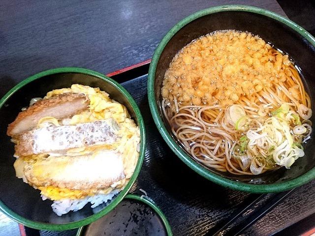 かつ丼セット(たぬきそば)