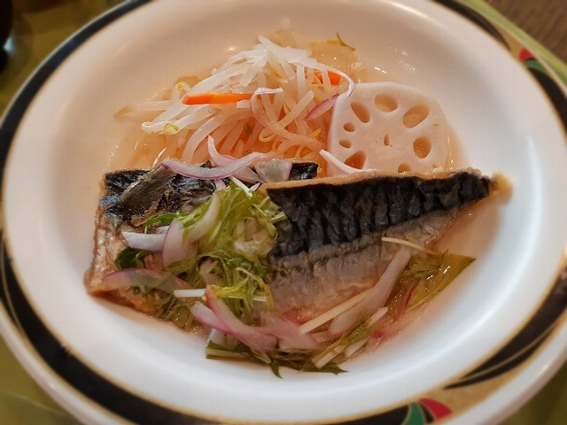 鯖の唐揚げ黒酢ソース