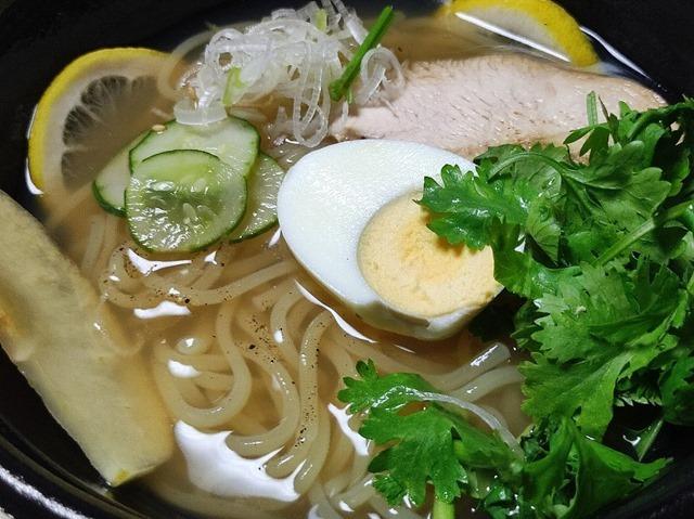 【クセになる】レモンとパクチーの特製盛岡冷麺