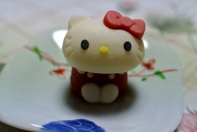 食べマス」ローソンの和菓子「キティーちゃん」りんご味