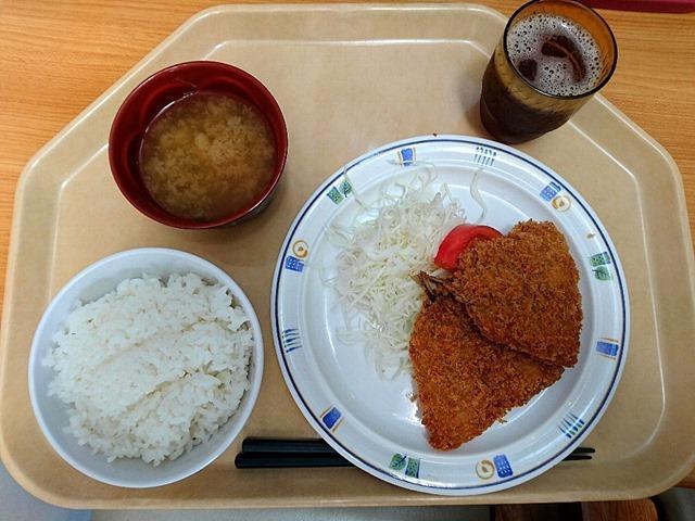 サービスランチ(アジフライ定食)