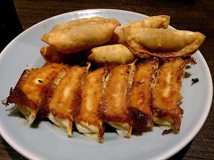 焼餃子、揚餃子