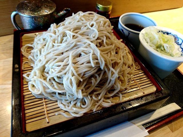 麺は大満足の500g、徳もりでランチ。(喜乃字屋:上野公園1丁目 上野の森さくらテラス1F)