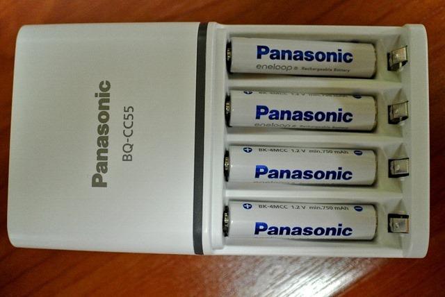 BQ-CC55+単4電池4本