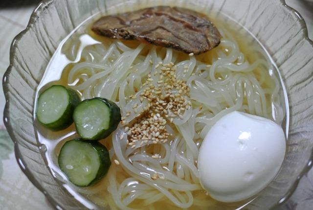 作ってもらった盛岡冷麺(ぴょんぴょん舎)