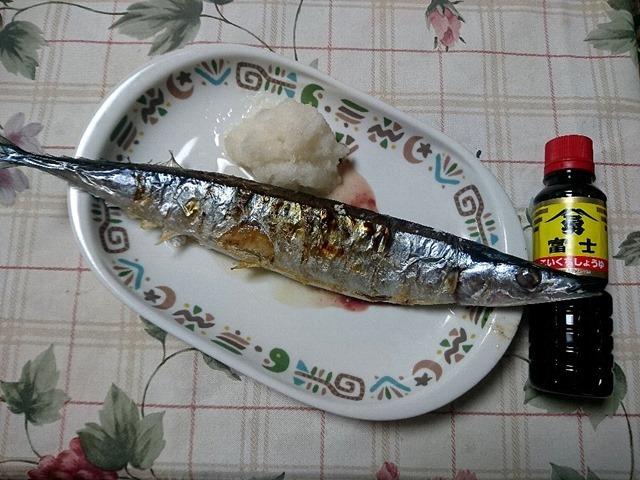 秋刀魚と富士こいくちしょうゆ