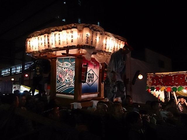 山鹿灯籠まつりの万燈神輿